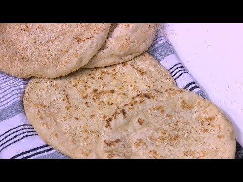 اليمن اليوم- شاهد طريقة إعداد خبز بلدي