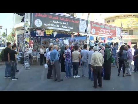 اليمن اليوم- شاهد الأسرى الفلسطينيون يعلقون إضرابًا دام 40 يومًا