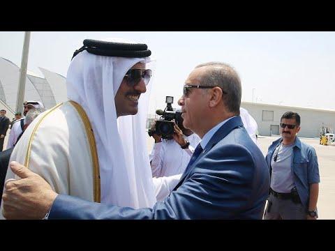 اليمن اليوم- شاهد أردوغان في الدوحة يحاول تنظيم لقاء بين جميع أطراف الأزمة