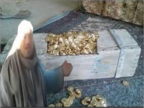 مصري يكتشف كنوز قارون ويؤكد اسجنوني لو بأكذب