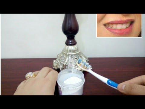 اليمن اليوم- شاهد وصفة فورية لتبيض الأسنان في دقيقة