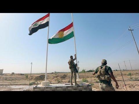 اليمن اليوم- شاهد لحظة انزال العلم الكردي من فوق مبنى محافظة كركوك