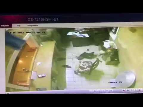 شاهد سطو مسلح على مطعم في الرياض وسرقته