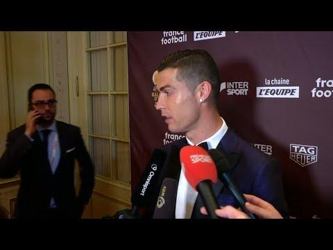 شاهد كريستيانو رونالدو يطالب الجميع بالاستمتاع بكرة القدم