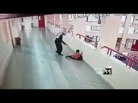 شاهد لحظة إنقاذ طالب ابتلع قطعة معدنية في السعودية