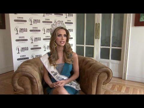 شاهد أول فتاة متحولة جنسيًا تشارك في مسابقة ملكة جمال العالم