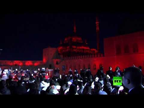 شاهد قلعة صلاح الدين تحتفل بعيد الربيع الصيني