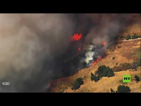 حرائق الغابات في كاليفورنيا الأميركية تقترب من خزانات النفط