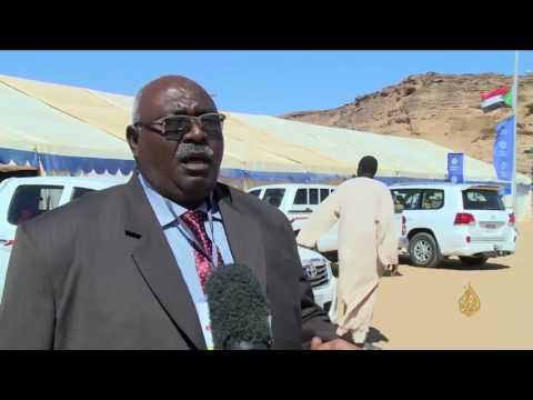 اليمن اليوم- شاهد مهرجان للسياحة والتسوق على جبل البركل في السودان