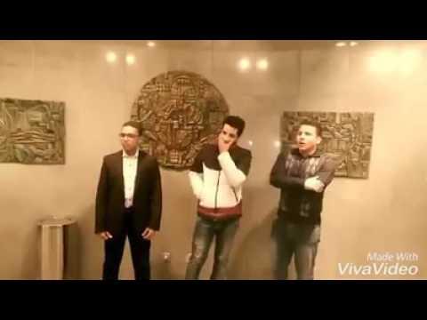 اليمن اليوم- ثلاثة شباب يتنافسون على رفع الأذان بأجمل صوت