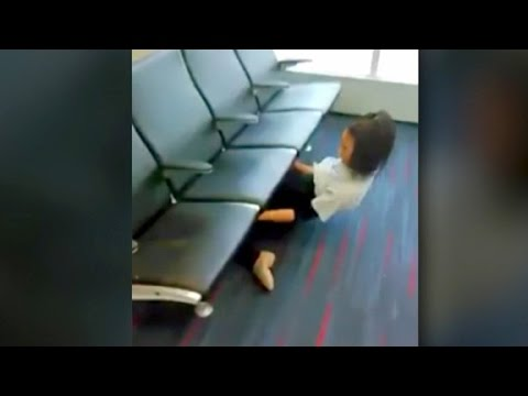 اليمن اليوم- شاهد ملكة الليونة ترد على منتقديها بعرض مبهر في مطار فلادلفيا