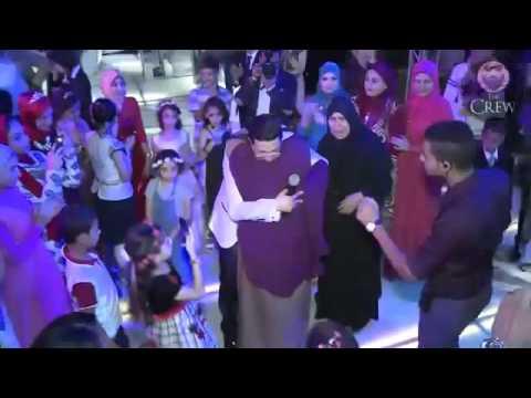 اليمن اليوم- شاهد بكاء المعازيم بسبب تصرف العريس مع والدته