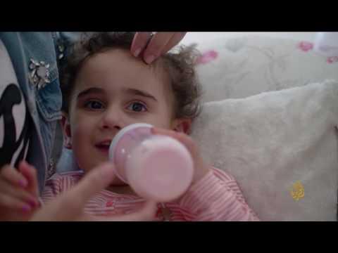 اليمن اليوم- شاهد  سبل تهيئة الطفل للنوم