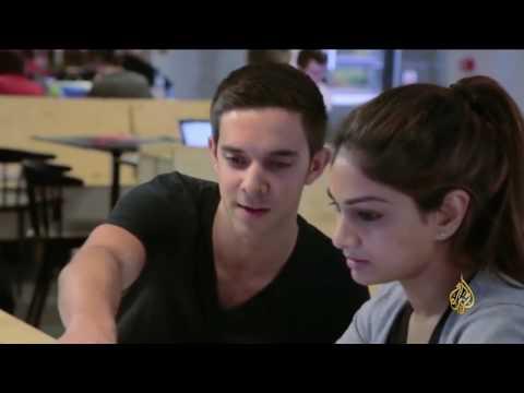 اليمن اليوم- بالفيديو دروس لطلاب الثانوية العامة في بريطانيا في الأمن الإلكتروني