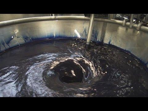 اليمن اليوم- شاهد كيفية إعادة تدوير المياه المستخدمة في صباغة الأقمشة