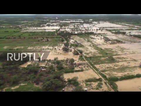 اليمن اليوم- شاهد لقطات مروّعة من فيضانات بيرو