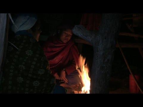 اليمن اليوم- شاهد طقوس في نيبال ترغم النساء على التواري خلال الدورة الشهرية