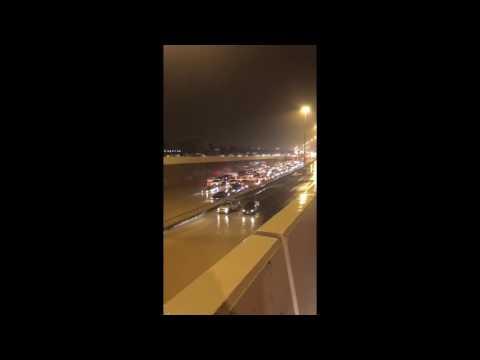 اليمن اليوم- بالفيديو مشاهد صادمة من الأمطار الغزيرة في الكويت
