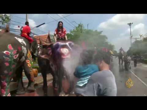 اليمن اليوم- شاهد انطلاق مهرجان المياه في تايلاند