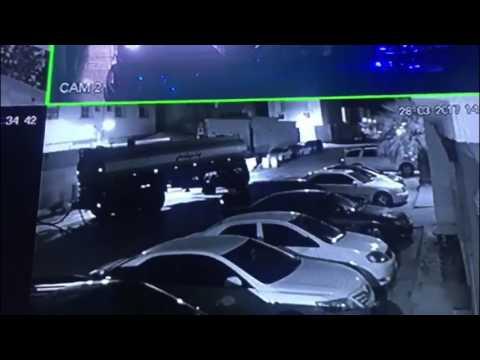 اليمن اليوم- شاهد ريموت يحبط محاولة سرقة سيارات في الرياض