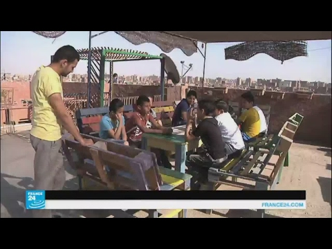 اليمن اليوم- شاهد مبادرة تعليمية عصرية في أحد أحياء مصر الشعبية