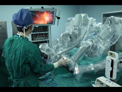 اليمن اليوم- شاهد ابتكار روبوت جراح في الصين