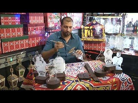 اليمن اليوم- بالفيديو فوانيس رمضان التقليدية تنافس المستورَدة من الصين