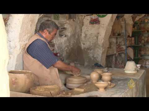 اليمن اليوم- شاهد جولة في  مدينة قلالة داخل جزيرة جربة