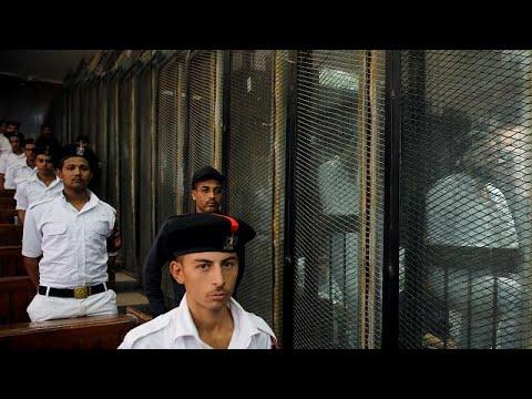 اليمن اليوم- شاهد إعدام 28 مصريًا لتورطهم في حادث اغتيال النائب العام السابق