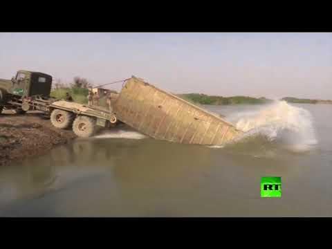 اليمن اليوم- شاهد القوات السورية تعبر إلى الضفة الشرقية للفرات