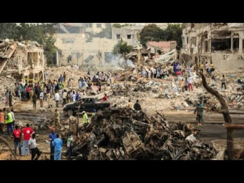 اليمن اليوم- شاهد ارتفاع حصيلة اعتداء مقديشو إلى 137 قتيلاً على الأقل