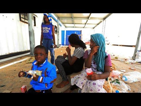 النيجر تستدعي سفير ليبيا على خلفية عبودية المهاجرين