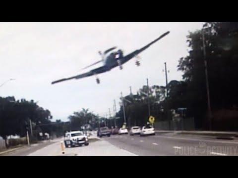 شاهد لحظة تحطم طائرة صغيرة في فلوريدا
