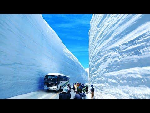شاهد كيفية عمل طرق تصلح للسير فى الجبال الجليدية الضخمة