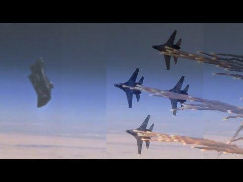 شاهد الولايات المتحدة و روسيا يعدون أنفسهم لمهاجمة قمر الفارس الأسود