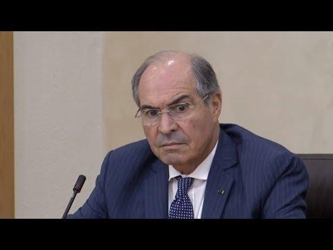 رئيس الحكومة الأردنية يرفض سحب مشروع رفع الضرائب