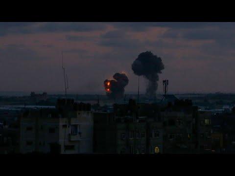 الجيش الإسرائيلي يقصف عشرات المواقع في غزة