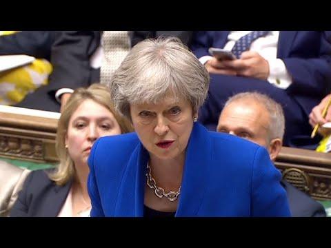 ماي تتجنب أزمة جديدة بعد تصويت النواب ضد البرلمان حق تعطيل اتفاق البريكسيت