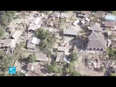 صور من الدمار الذي خلفه زلزال إندونيسيا