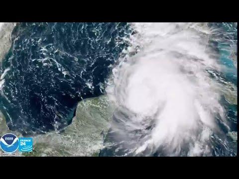 الإعصار مايكل يشتد ويُهدد جنوب الولايات المتحدة