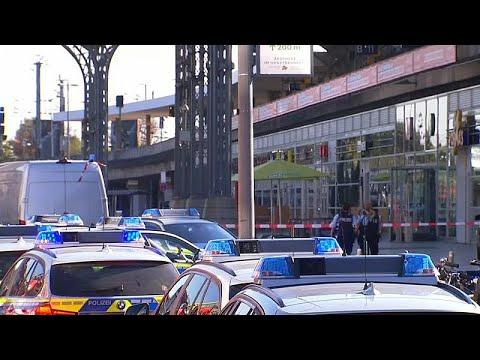 شاهد الشرطة الألمانية تُحددّ هوية مختطف رهينة كولونيا