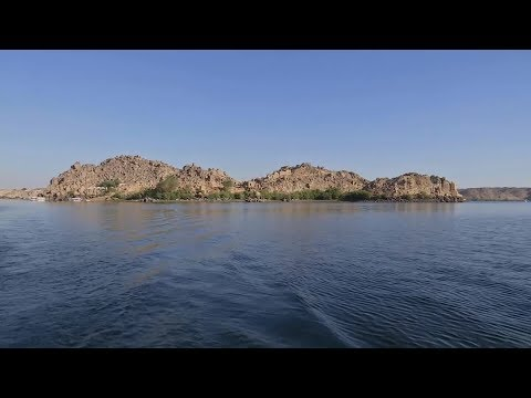 شاهد سكان جزيرة بيجة في أسوان يحاولون إحياء السياحة فيها