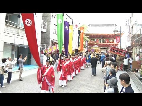 شاهد الاحتفال بذكرى معركة تاريخية ضمن مهرجان كاندا ماتسوري في طوكيو