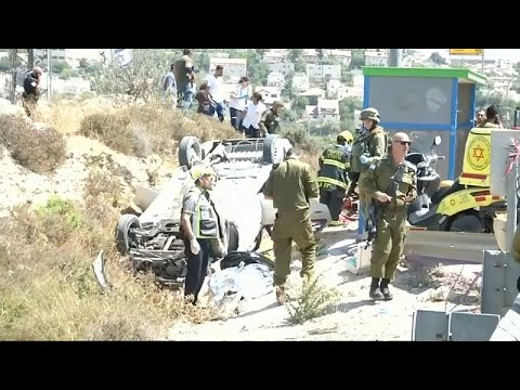 شرطة الاحتلال تقتل فلسطينيًا زعمت أنه دهس مارة في الضفة الغربية