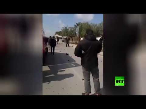 اللقطات الأولى من موقع التفجير الانتحاري قرب السفارة الأميركية في تونس