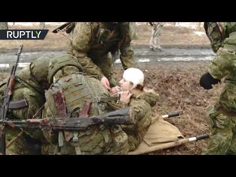 شاهد مجندات من قوات الصواريخ الاستراتيجية الروسية يظهرن مهاراتهن
